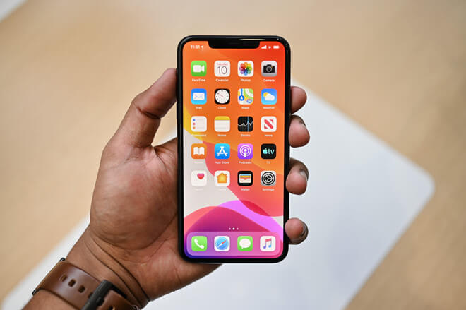 iPhone 11 Pro là vua hiệu năng, mạnh ngang máy tính